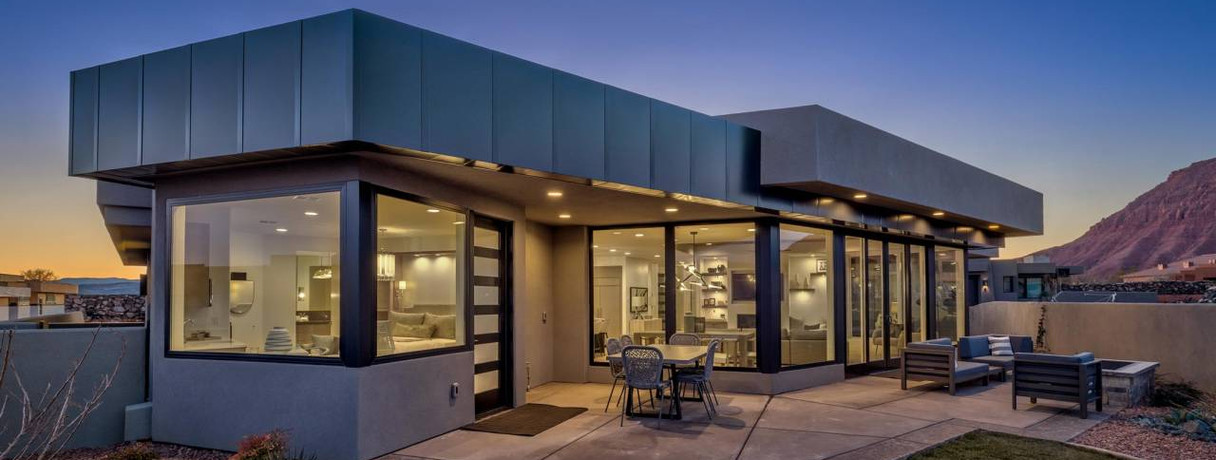 SOLD! 1355 E Snow Canyon Parkway #24, $925,000 4 BD, 4 BA, 2800SQFT, nightly rentals approved!