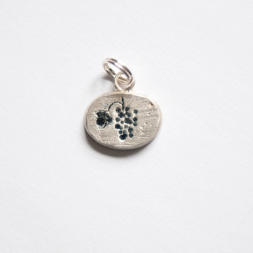 Grapes of Bacchus Charm