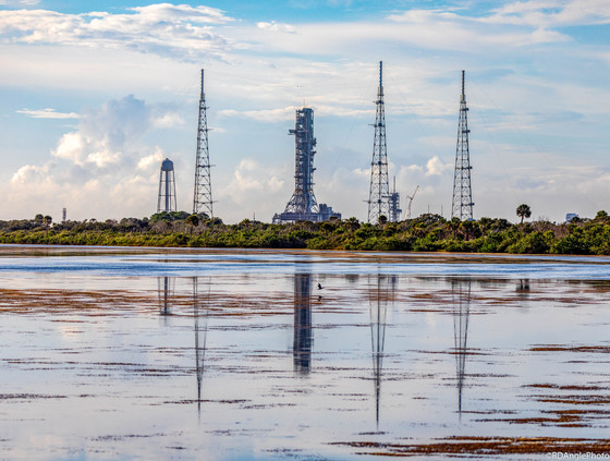 NASA's completed Mobile Launch Platform for SLS rolls onto LC-39B