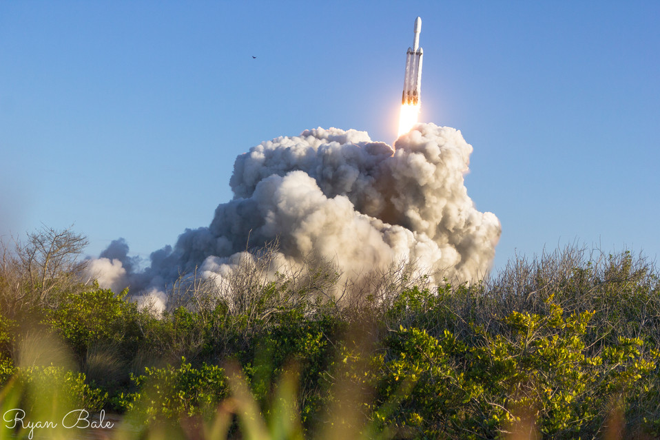Falcon Heavy completes its first commericial mission