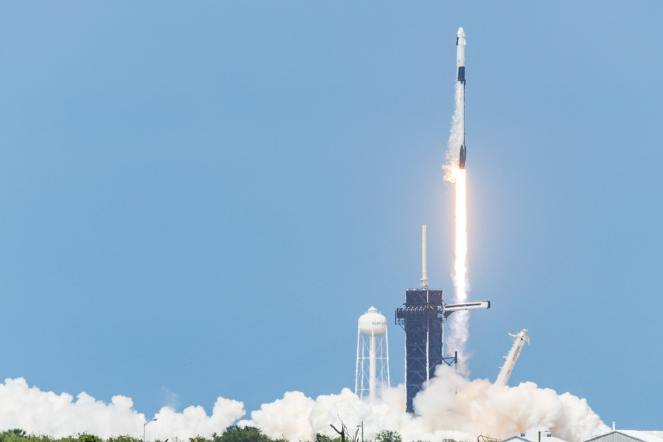 """""""America has launched"""" - SpaceX launches Bob and Doug to the ISS"""