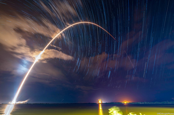 SpaceX launches its 60th mission after minor delays