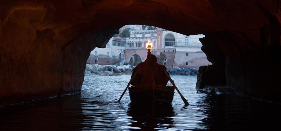Posillipo - Entering the undergrounds
