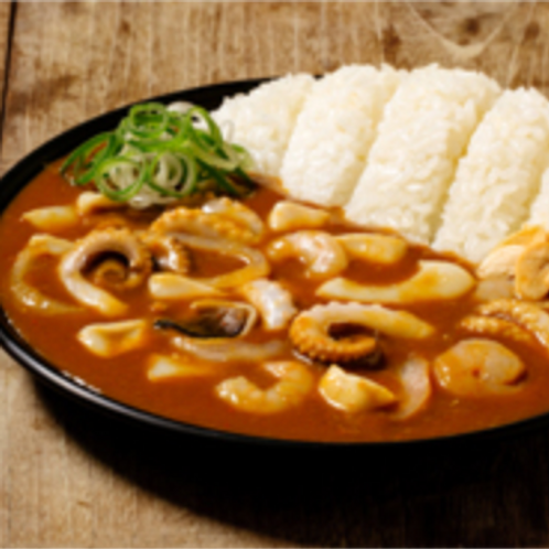 Seafood curry rice