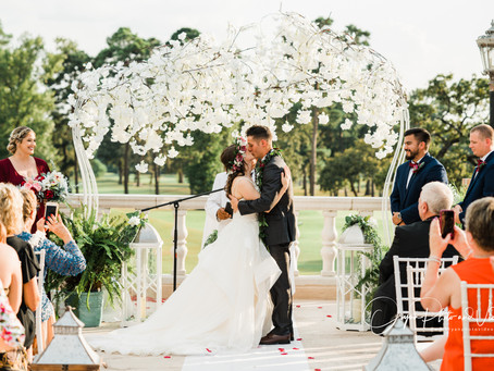 Shannon - Taylor wedding at Raveneaux Country Club (Basic Package)