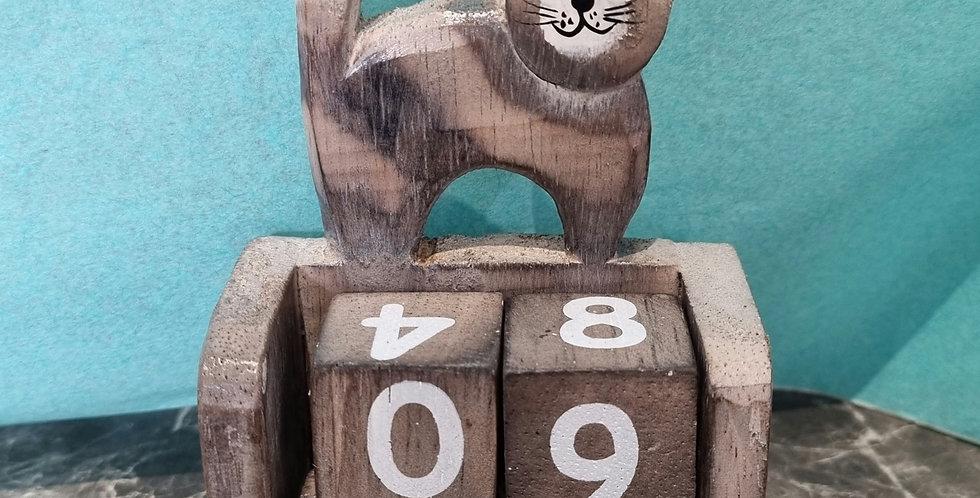Calendrier en bois chat