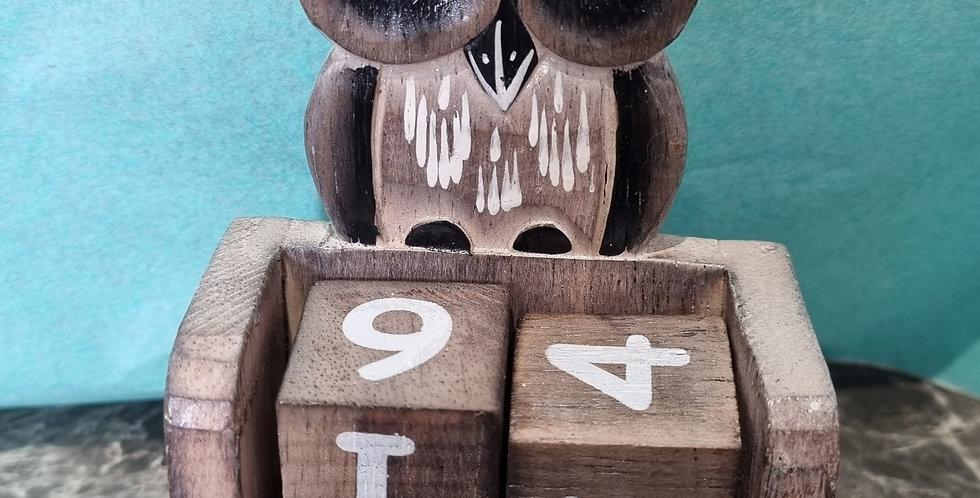 Calendrier en bois hiboux