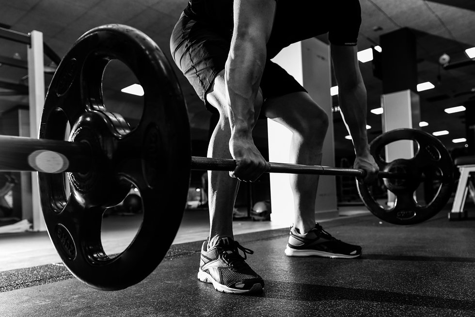 weights-exercise-weightlifter-strong-athletic.jpg