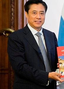 Visita de Dong Wei, Viceministro de Cultura de la RP China 中华人民共和国文化部副部长董伟参观中国文化之家