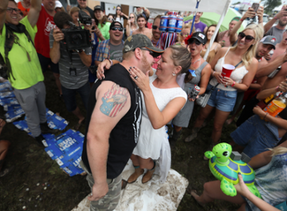 The Ultimate Country Thunder Wedding