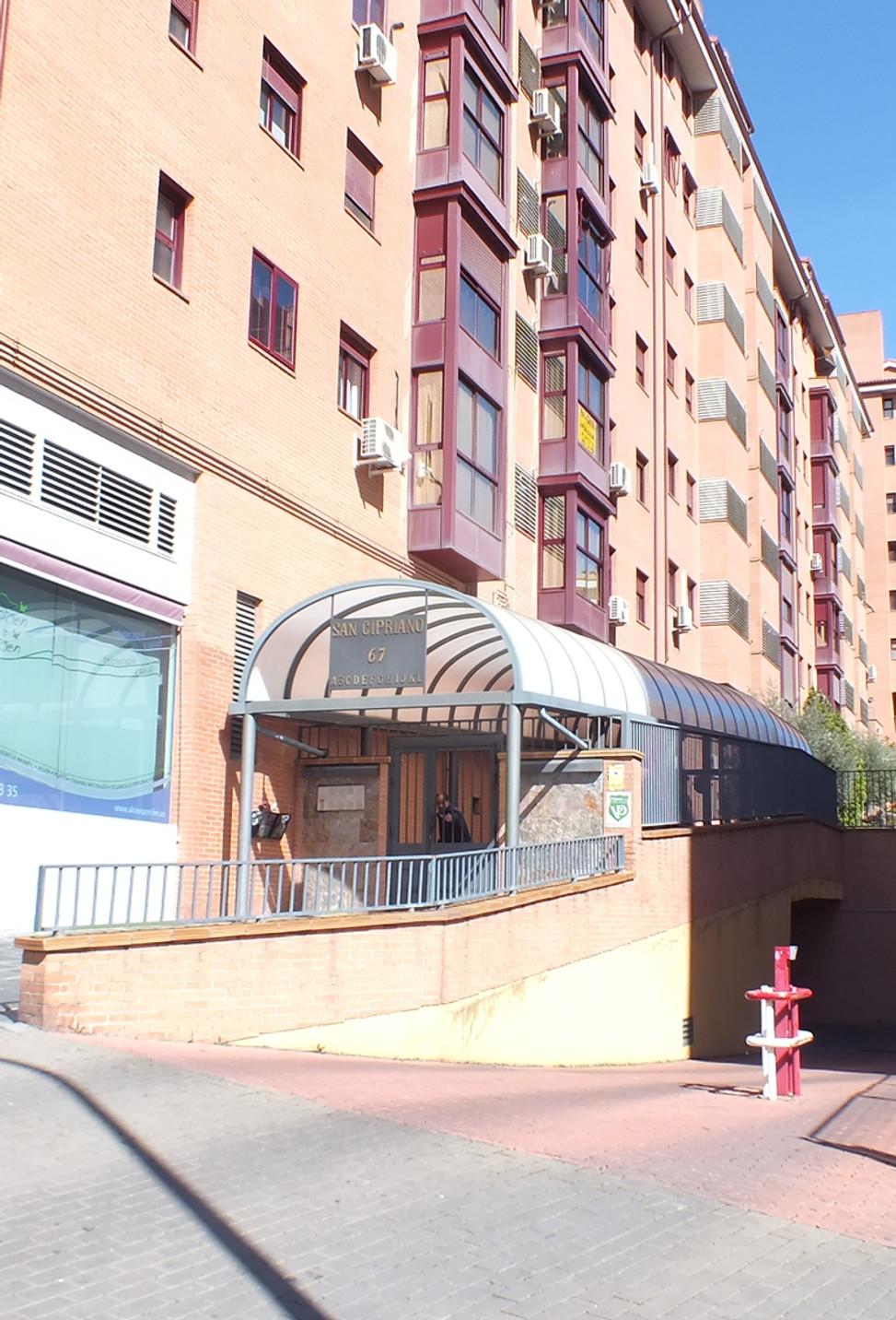 San Cipriano 67 portal I 1º3 (1).JPG