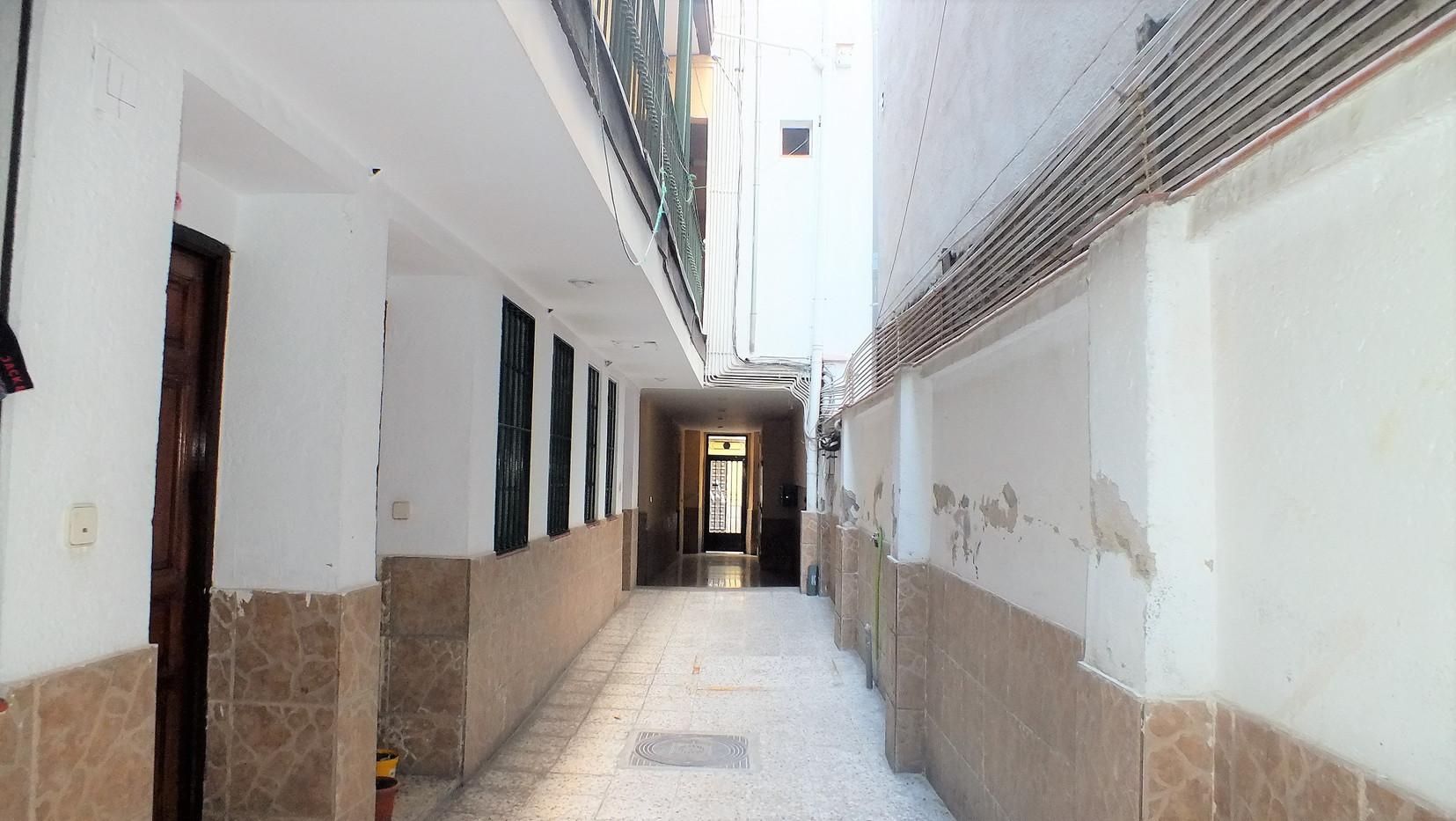 Estudio en calle Rodas 12 (24).JPG