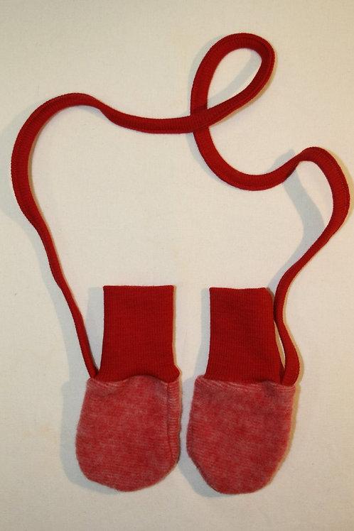 Babyhandschuhe, rot