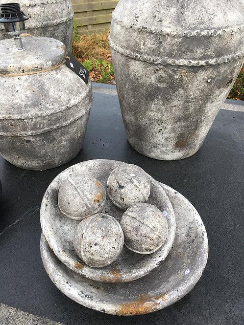 2 stenen bollen