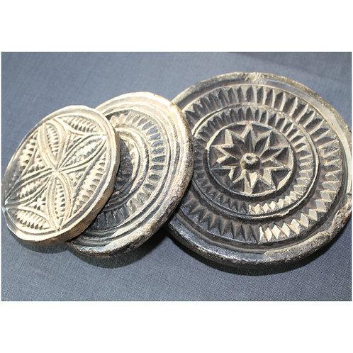 Oud stenen mandala (om deeg te versieren)