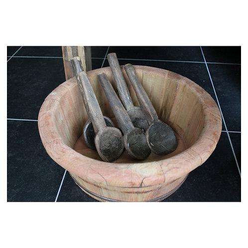 Korte oude houten lepel