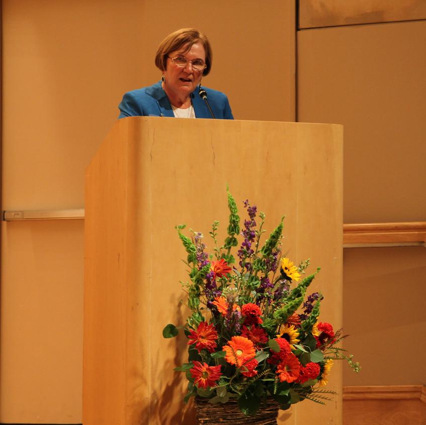 Presenting speaker, Wanda Sobieski, shares her personal story of overcoming cultural barriers in rural Appalachia.