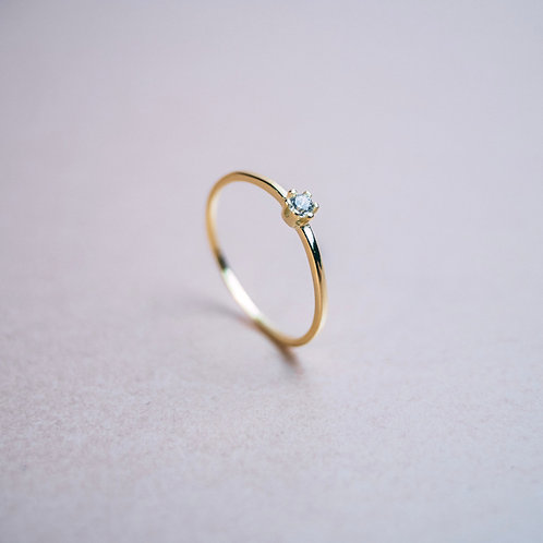 Amelia Ring Gold