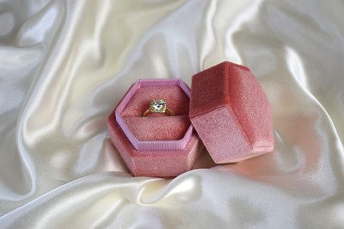 Single Hexagonal Ring Box