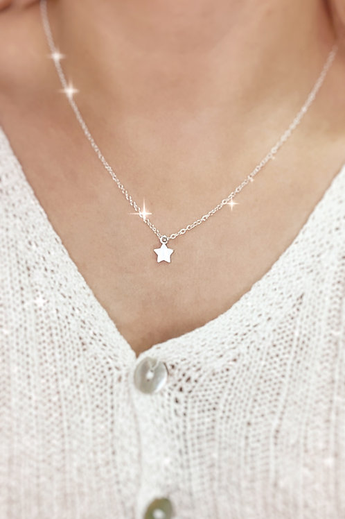 Dainty Star Necklace Silver