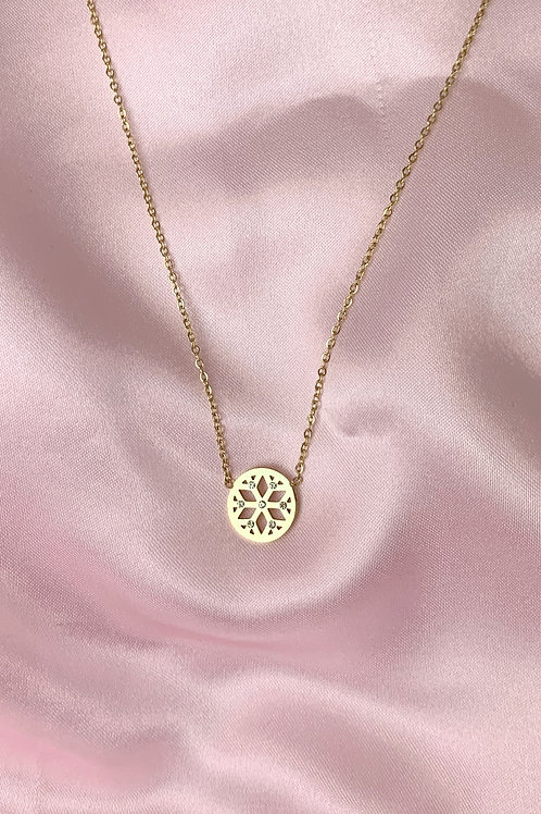 Round Snowflake Necklace