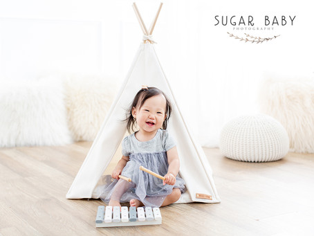 1 Year Baby Girl w/ Family