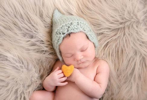 newborn122_edited.jpg