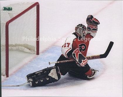 Ron Hextall Philadelphia Flyers glove save 8x10