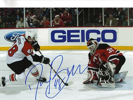 Danny Briere Philadelphia Flyers autographed goal vs Brodeur NJ Devils