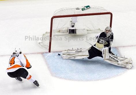Sean Couturier Philadelphia Flyers 2012 Playoff Hat Trick vs Penguins 8x10