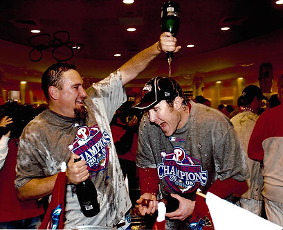 SCOTT EYRE 2008 PHILLIES WORLD SERIES 8X10 WITH CHASE UTLEY