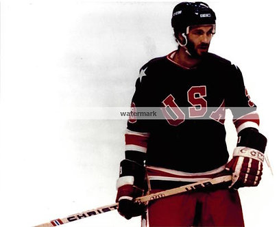 KEN MORROW USA MIRACLE ON ICE COLOR GOLD MEDAL PHOTO
