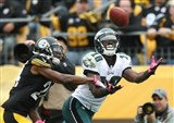 JEREMY MACLIN EAGLES DIVING CATCH PHOTO