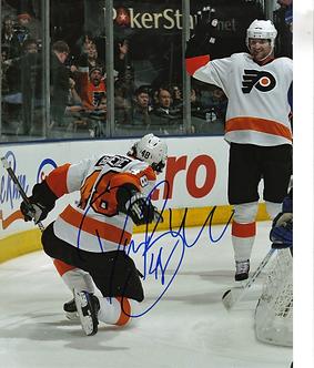 Danny Briere Philadelphia Flyers autographed fist pump goal 8x10 Hartnell