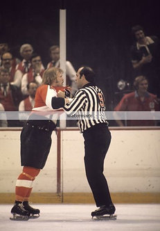 "Bob ""The Hound"" Kelly Philadelphia Flyers fight photo"