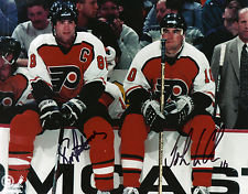 JOHN LECLAIR ERIC LINDROS DUAL SIGNED PHILADELPHIA FLYERS VINTAGE 8X10 CLASSIC