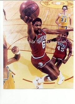 Julius Dr. J Erving 1983 Philadelphia 76ers slam dunk 8x10 photo vs Lakers