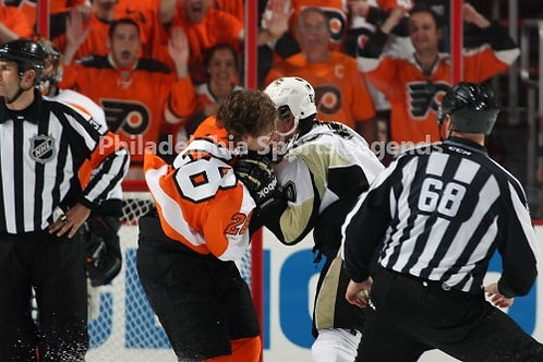 Claude Giroux Philadelphia Flyers fight with Penguins Sidney Crosby 2012 Playoff