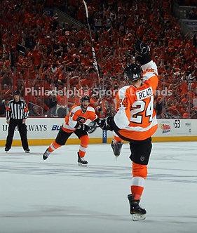 Matt Read Philadelphia Flyers Playoff Goal vs Penguins 8x10 photo #2