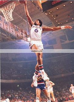 Dr. J Julius Erving Philadelphia 76ers classic dunk photo