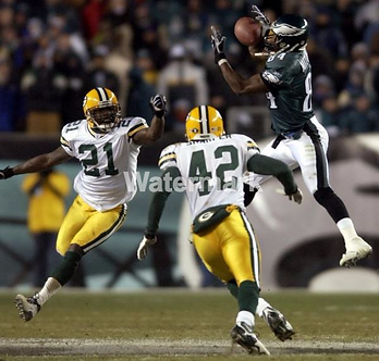 FREDDIE MITCHELL PHILADELPHIA EAGLES 4th AND 26 CATCH PHOTO VS PACKERS