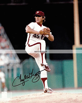 TUG MCGRAW 1980 PHILLIES WORLD SERIES CHAMPS SIGNED 8X10