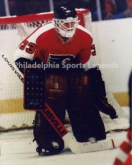 Pete Peeters Philadelphia Flyers in goal action 8x10