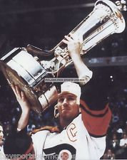 DAVE POULIN FLYERS CAMPBELL CONFERENCE CHAMPIONS 8X10 PHOTO
