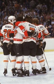 Flyers LCB Line Goal Bob Clarke Bill Barber Reggie Leach 8x10 Bullies