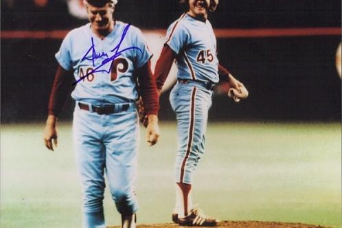 Dallas Green Phillies signed 1980 World Series 8x10 w/Tug McGraw