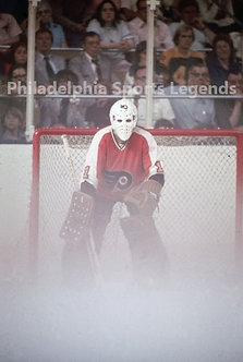 Bernie Parent Philadelphia Flyers Fog game vs Buffalo Sabres 8x10 in goal photo