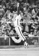 TUG MCGRAW PHILADELPHIA PHILLIES 1980 WORLD SERIES FINAL PITCH MIKE SCHMIDT #2.