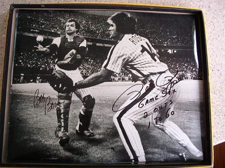 1980 Philadelphia Phillies 16 signed 11x14 Rose Boone Bobble Catch