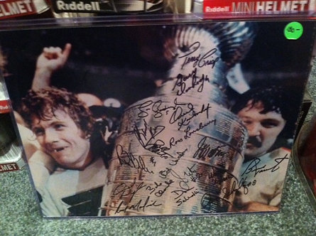 1974-75 STANLEY CUP FLYERS 18 SIGNED 11X14 CLARKE PARENT